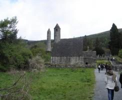 Glendalough13_.jpg