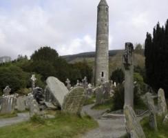 Glendalough17_.jpg