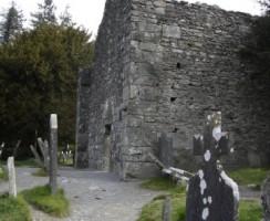 Glendalough18_.jpg