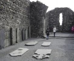 Glendalough21_.jpg