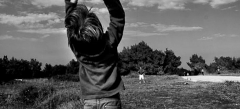 Non avere paura delle difficoltà che incontri. Ricorda che l'aquilone si alza con il vento contrario, mai con quello a favore.