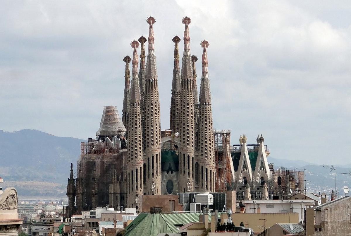 """La """"Sagrada Familia"""", il Tempo e…noi"""